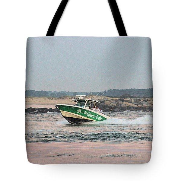 Tote Bag featuring the photograph The Greene Turtle Team At Wmo 2018 by Robert Banach