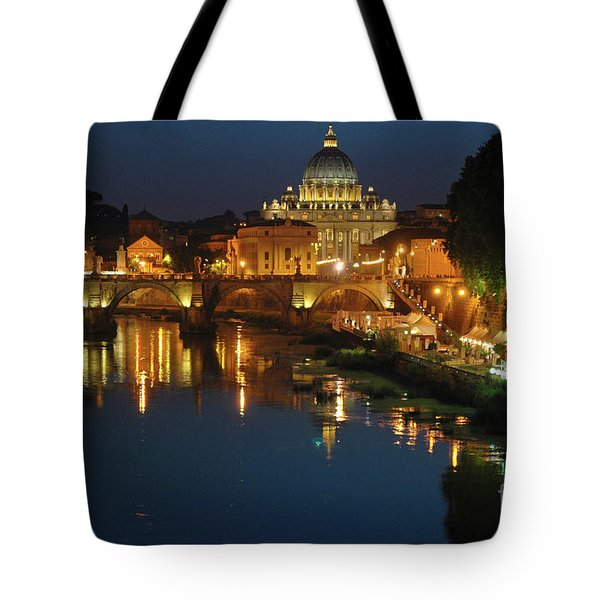 Tote Bag featuring the photograph Eternal Sound Of Rome by Silva Wischeropp