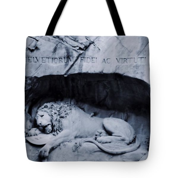 The Lion Of Lucerne Tote Bag by Dan Sproul