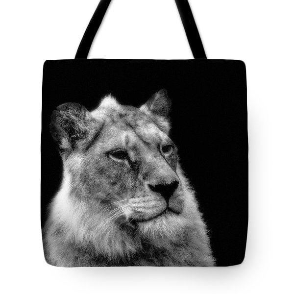 The Lioness Sitting Proud Tote Bag