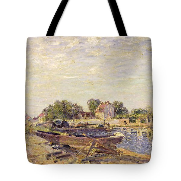 The Loing At Saint Mammes 1885 Tote Bag by Alfred Sisley