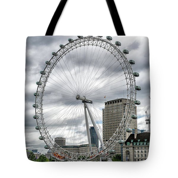 Tote Bag featuring the photograph The London Eye by Alan Toepfer