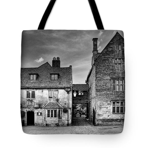 The Lygon Arms, Broadway Tote Bag
