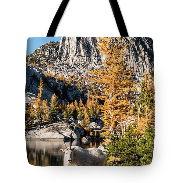 The Mountain Goat In The Enchantments Tote Bag