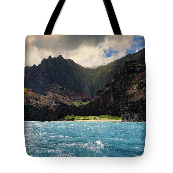 Tote Bag featuring the photograph The Napali Coast by T A Davies