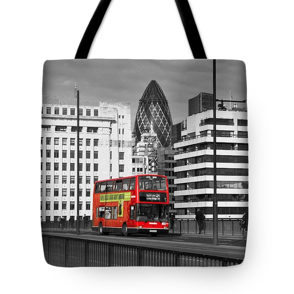 The No 43 To London Bridge Tote Bag by Hazy Apple