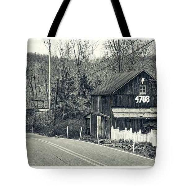 Tote Bag featuring the photograph The Old Barn by Mark Dodd