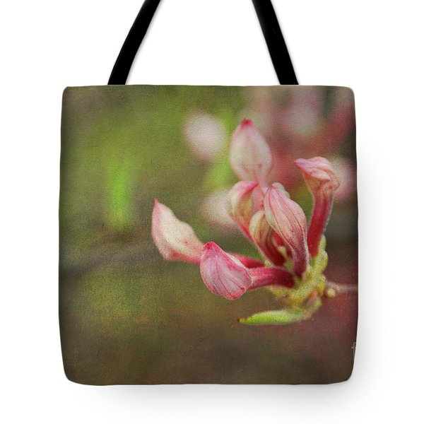 The Pink Claw, Textured - Georgia Tote Bag