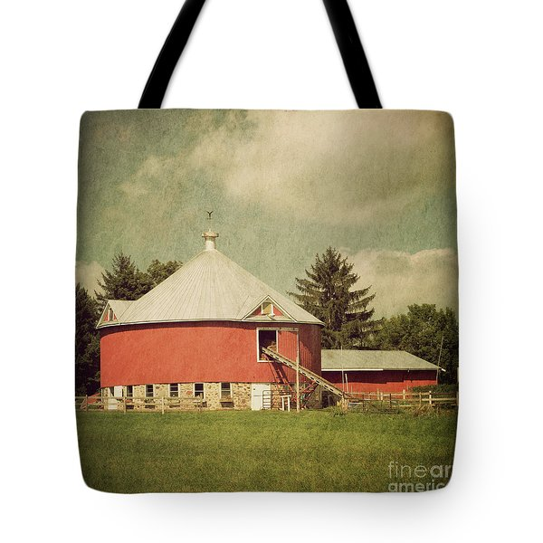 The Round Barn Tote Bag