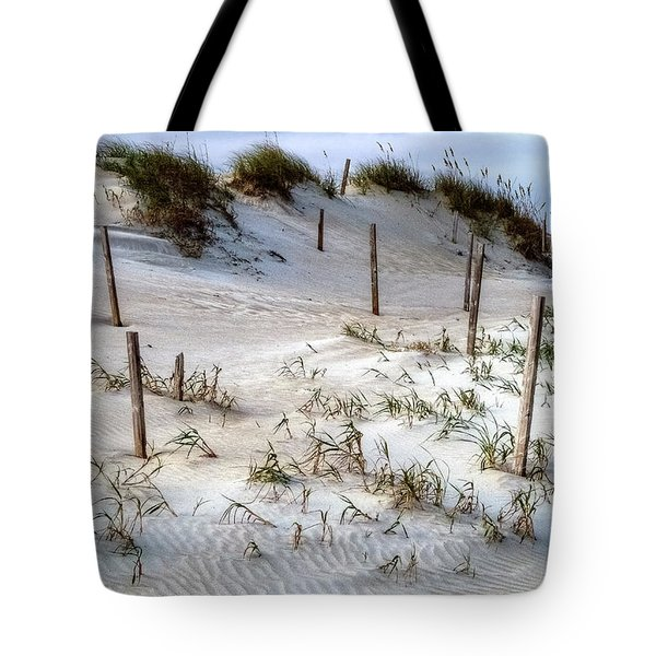 The Sands Of Obx Hdr II Tote Bag