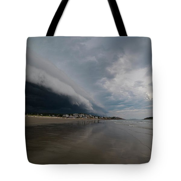 The Storm Rolling In To Good Harbor Beach Gloucester Ma Tote Bag