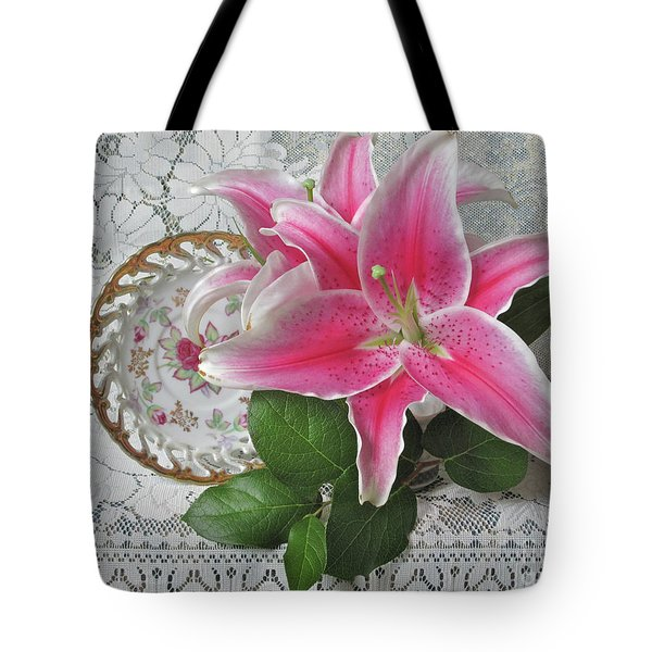 Tote Bag featuring the photograph The Sweetest Glow by Nancy Lee Moran