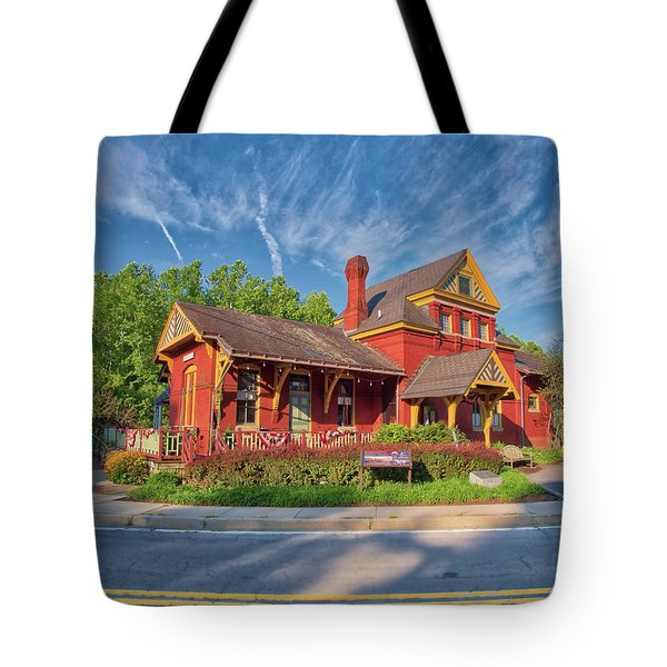 Tote Bag featuring the photograph The Sykesville B And O Train Station by Mark Dodd