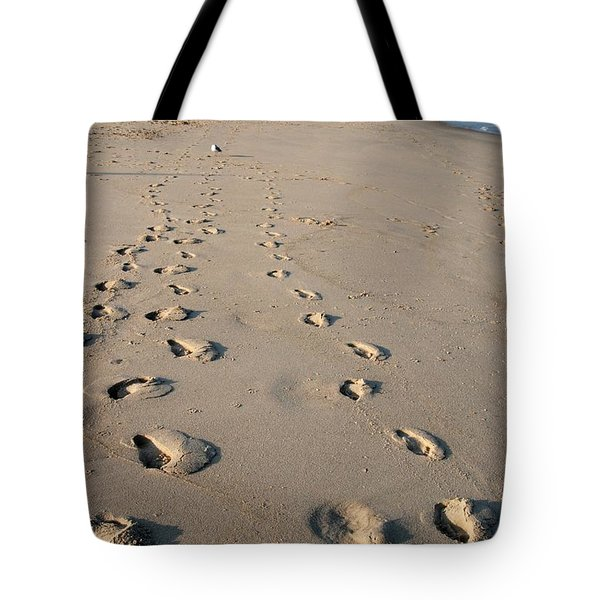 The Trails Of Footprints - Jersey Shore Tote Bag