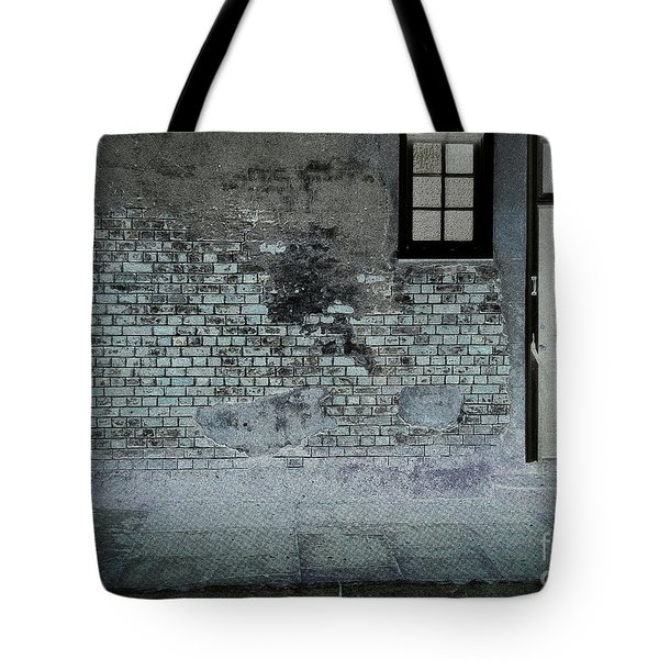 Tote Bag featuring the photograph The Wall by Douglas Stucky