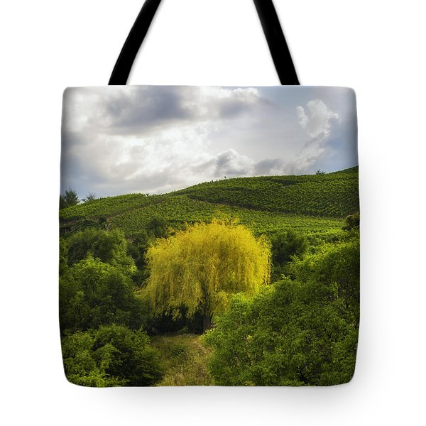 the wineyards of Loc Tote Bag