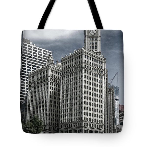 The Wrigley Building Tote Bag by Alan Toepfer