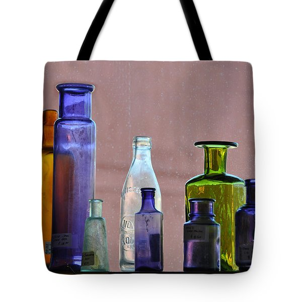 Things That Make Me Pause Tote Bag