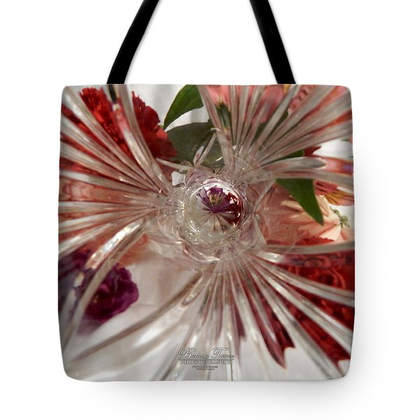 Think Outside The Vase #8801_0 Tote Bag