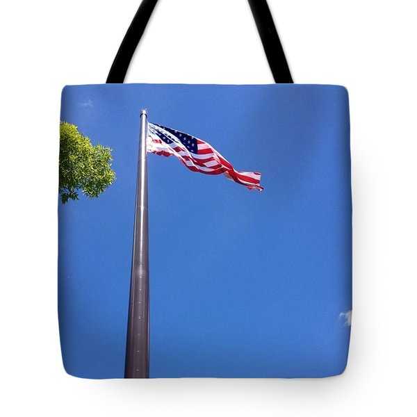 America's Tallest Symbol Of Freedom Tote Bag