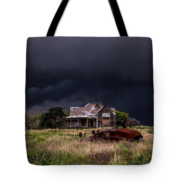 This Old House - Abandoned House And Cotton Gin In Texas Tote Bag
