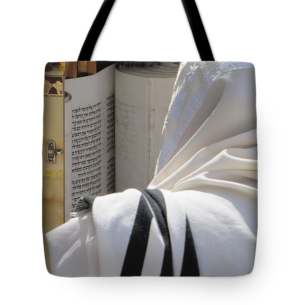 Tote Bag featuring the photograph Thora Reading At The Western Wall by Yoel Koskas