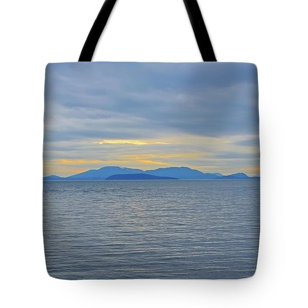 Three Realms/dusk Tote Bag by Tobeimean Peter