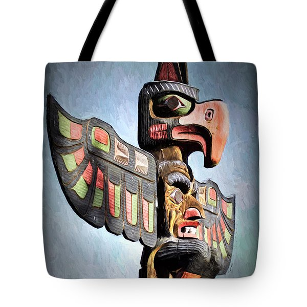 Tote Bag featuring the photograph Thunderbird Totem Pole - Thunderbird Park, Victoria, British Columbia by Peggy Collins