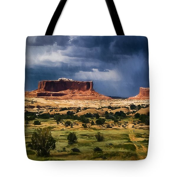 Thunderstorms Approach A Mesa Tote Bag