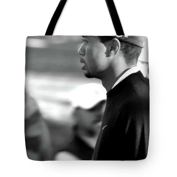 Tiger Woods Bw 2005 Tote Bag
