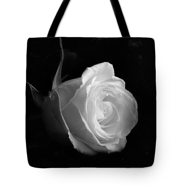 Tote Bag featuring the photograph Timeless Beauty by Roy McPeak