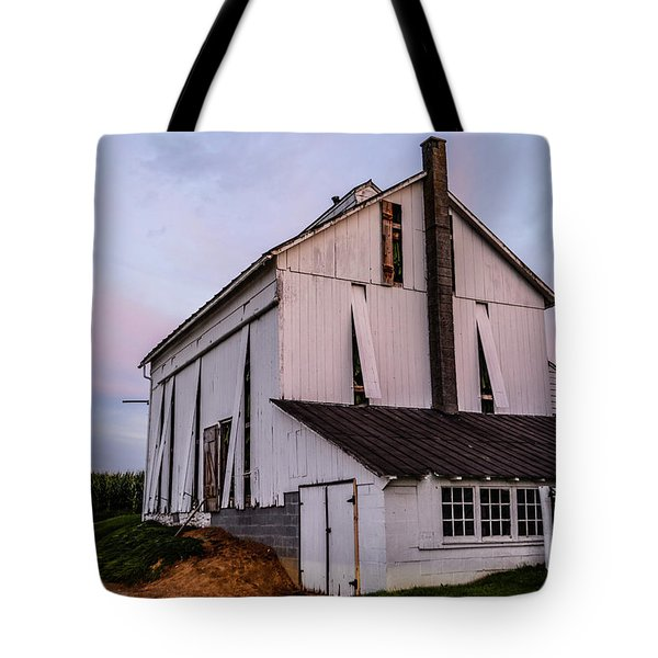 Tobacco Barn At Dusk Tote Bag