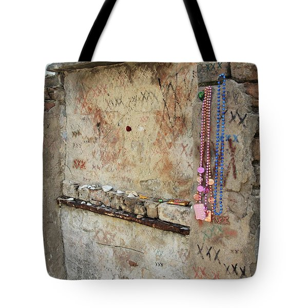 Tomb Of The Unknown Voodoo Priestess Tote Bag