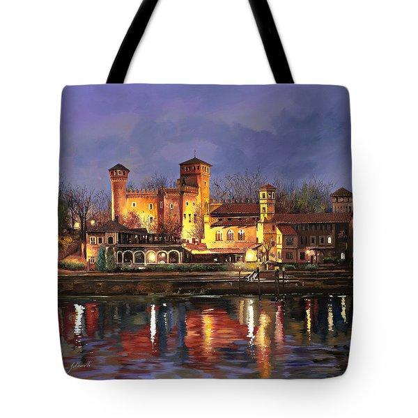 Torino-il Borgo Medioevale Di Notte Tote Bag