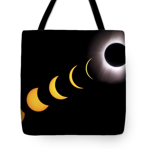 Total Eclipse Sequence, Aruba, 2/28/1998 Tote Bag