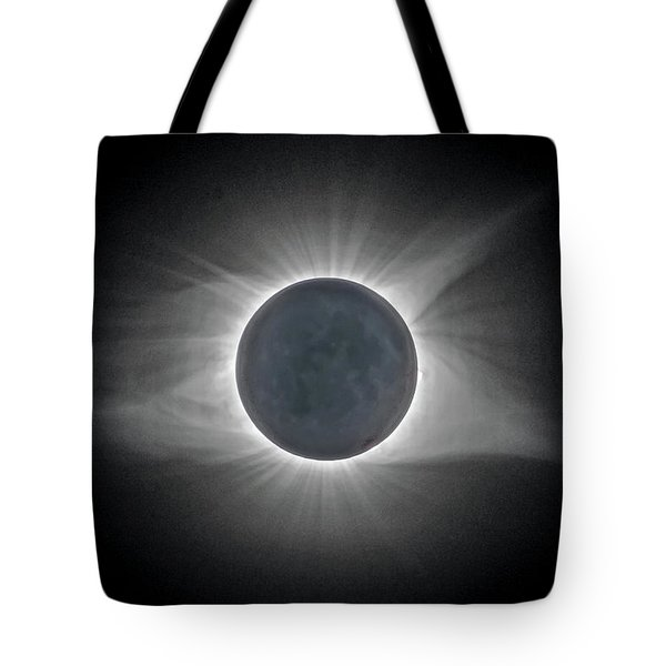 Tote Bag featuring the photograph Total Solar Eclipse With Corona by Lori Coleman