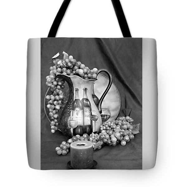 Tote Bag featuring the photograph Tour Of Italy In Black And White by Sherry Hallemeier