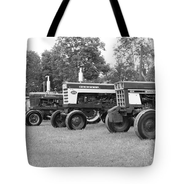 Tractor Show 2016 Tote Bag