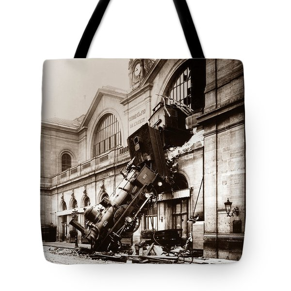 Train Derailment At Montparnasse Station - 1895 Tote Bag