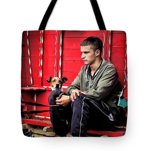 Traveller 2 Tote Bag by Wallaroo Images
