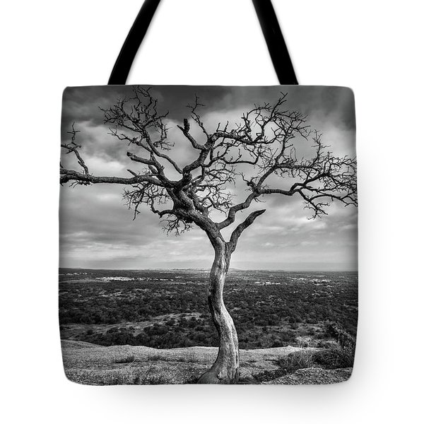 Tree On Enchanted Rock In Black And White Tote Bag