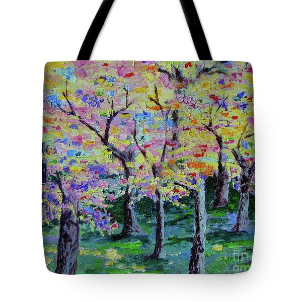Trees On Hideaway Ct Tote Bag