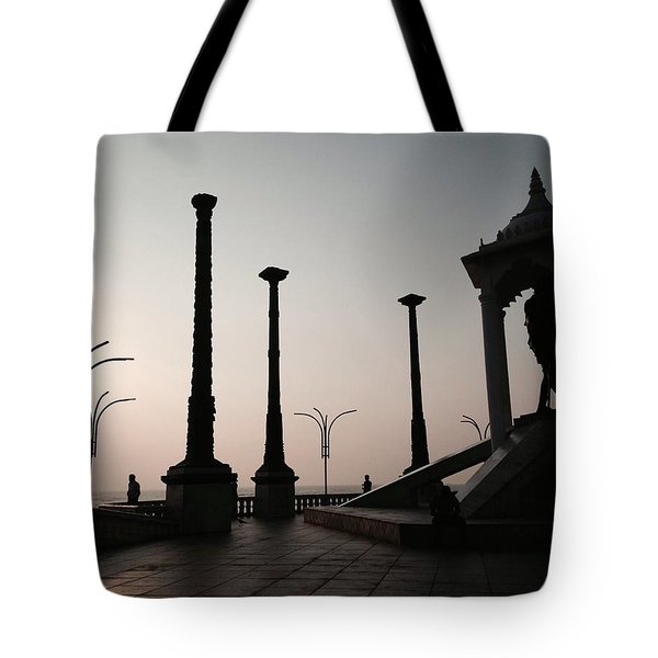 Tribute To Gandhi  Tote Bag