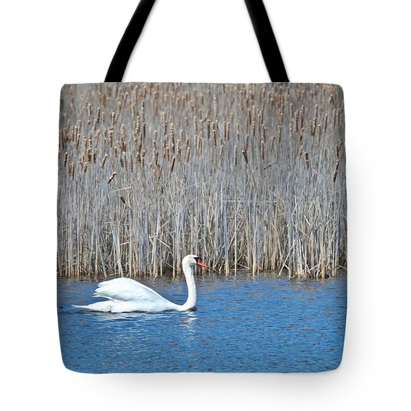 Tote Bag featuring the photograph Trumpeter Swan 0967 by Michael Peychich