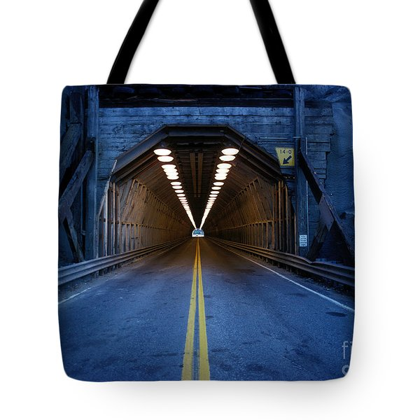 Tunnel Near Ential Washington Tote Bag