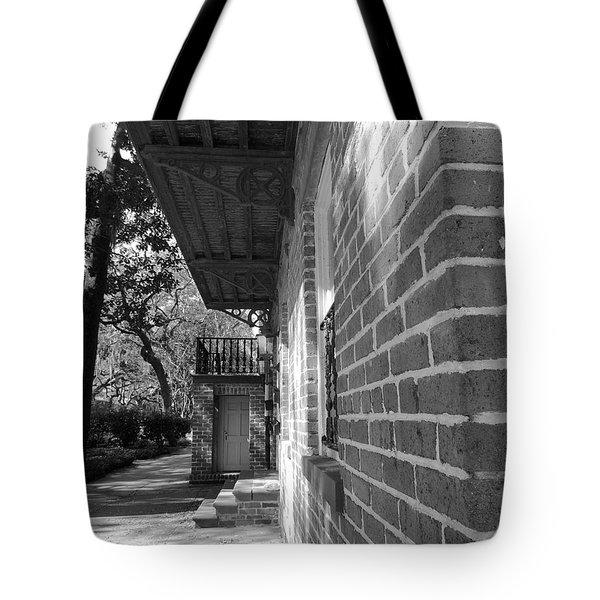 Turning A Savannah Corner Tote Bag