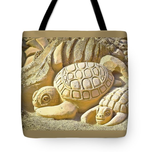 Turtle Sand Castle Sculpture On The Beach 999 Tote Bag