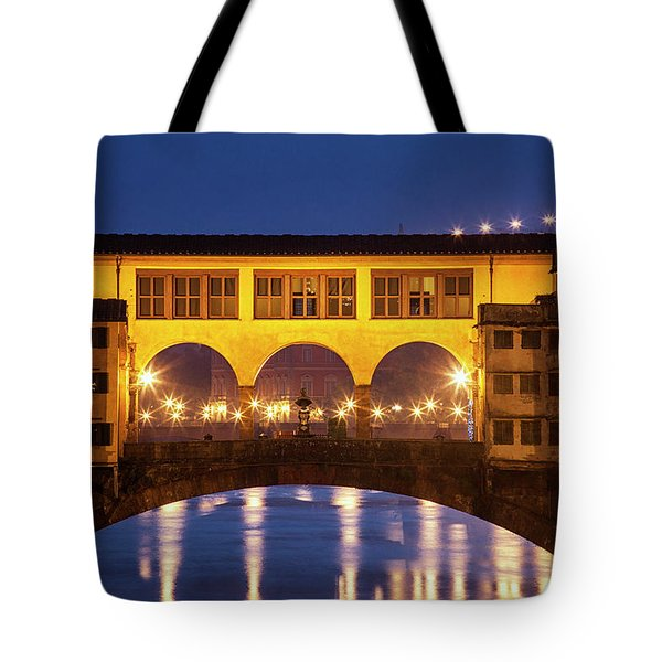 Tote Bag featuring the photograph Twilight Over The Ponte Vecchio by Andrew Soundarajan