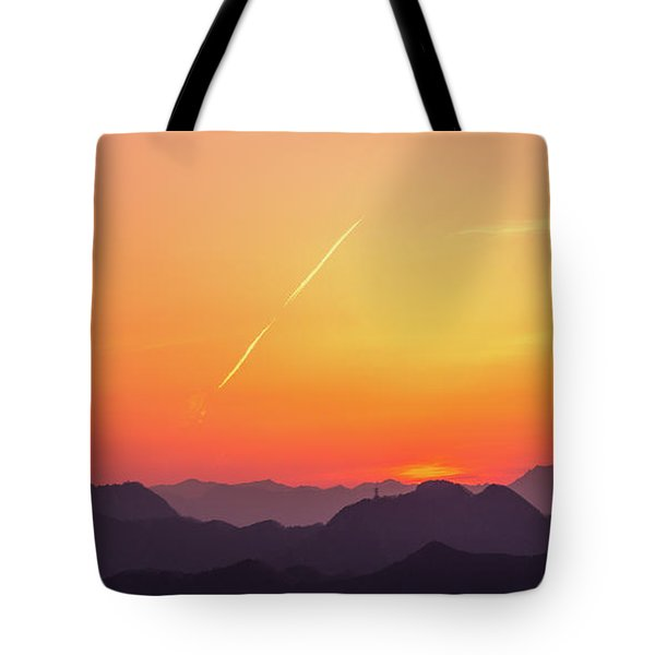 Tote Bag featuring the photograph Twilight by Tatsuya Atarashi