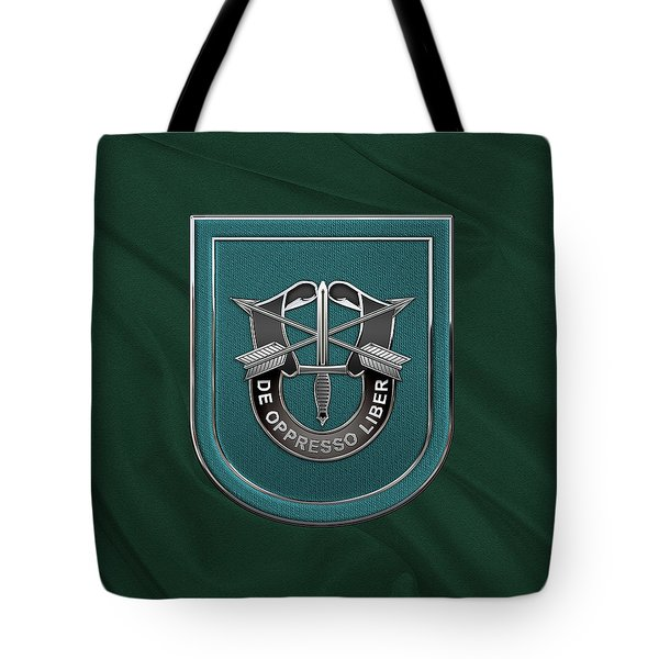 U. S.  Army 19th Special Forces Group - 19 S F G  Beret Flash Over Green Beret Felt Tote Bag